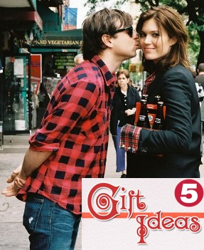 5 Gift Ideas For Mandy Moore Ryan Adams Fans